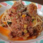 ポルペッティーニと牛肉のラグーソースのスパゲッティ